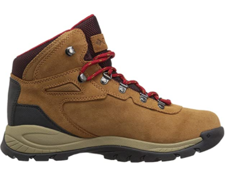 bargain waterproof hiking boots for dry feet