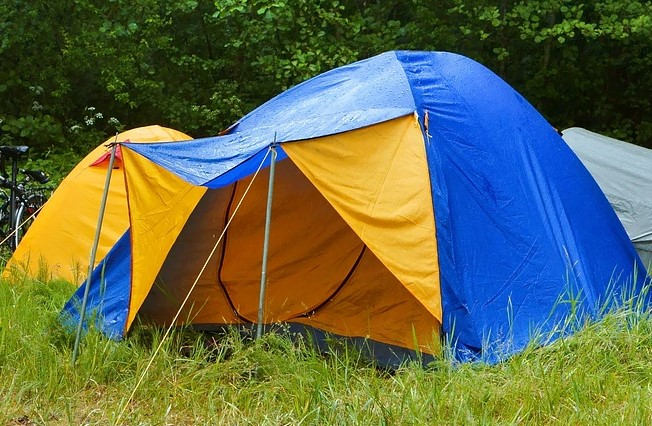 tent in the rain with waterproof fly